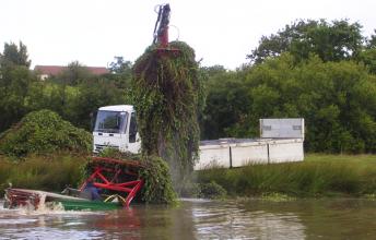 bateau-arracheur-+-camion